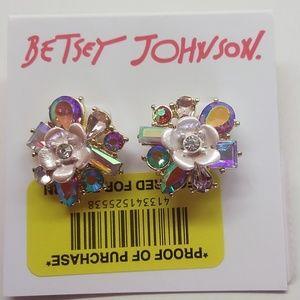 Betsey Johnson New White Flower Earrings